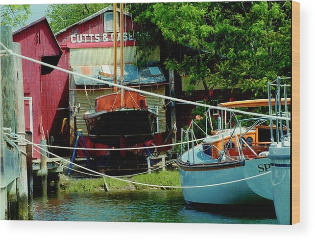 Boats Wood Print featuring the photograph Oxford Boat Works by Jim Proctor