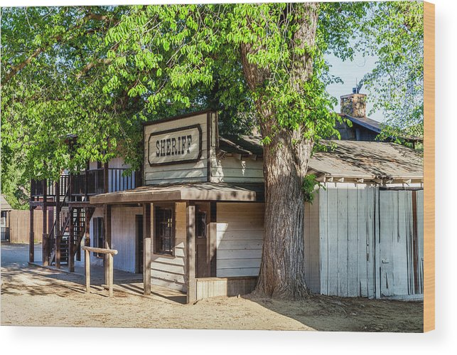 Ghost Town Wood Print featuring the photograph Parimount Ranch Sheriff Office by Gene Parks