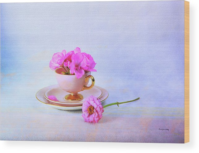 Rose Wood Print featuring the photograph Pink Attitude by Randi Grace Nilsberg