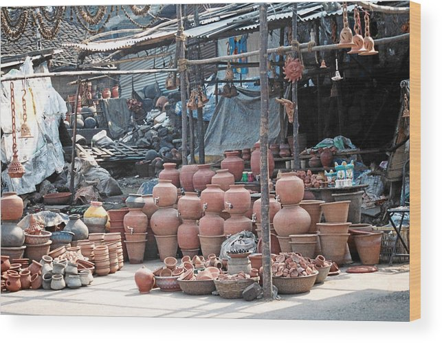 Indai Wood Print featuring the photograph Pottery Shop In India by Diana Davenport