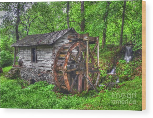 Mill Wood Print featuring the photograph Reed Springs Grist Mill by Steve Edwards