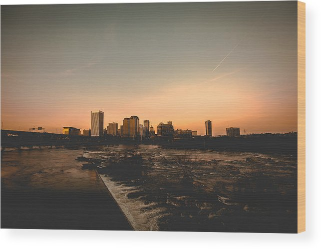 Flood Wall Wood Print featuring the photograph Richmond Sunset by Chris Marcussen