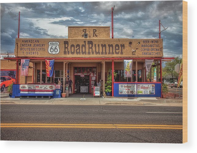 66 Wood Print featuring the photograph Roadrunner by Diana Powell