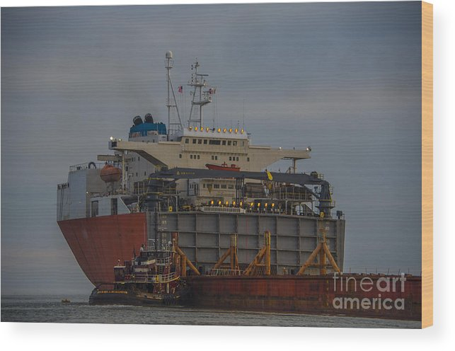 Treasure Wood Print featuring the photograph Sea Going Work by Dale Powell
