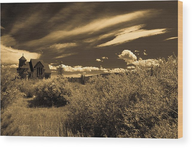 Church Wood Print featuring the photograph Small Town Church by Marilyn Hunt