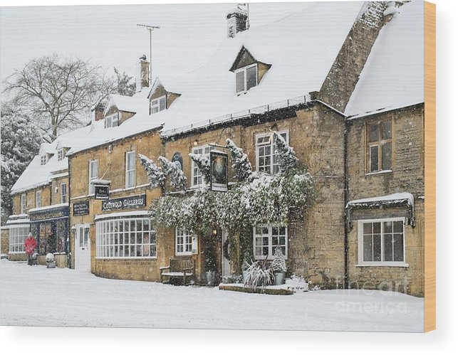 The Queens Head Wood Print featuring the photograph Snow On The Wold by Tim Gainey