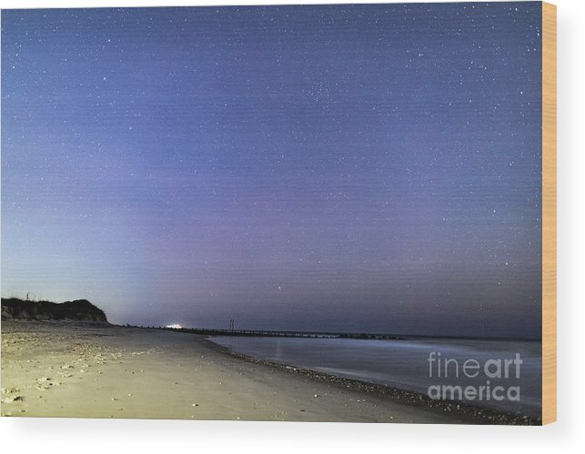 Stars Wood Print featuring the photograph Stars At Folly Beach by Robert Loe