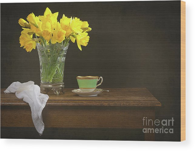 Bunch Wood Print featuring the photograph Still Life With Daffodils by Amanda Elwell