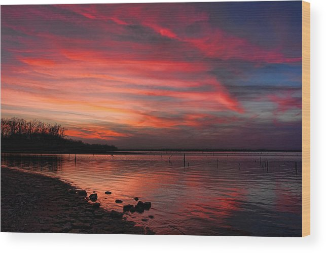 Sunset Wood Print featuring the photograph Streaming Sunset by Carolyn Fletcher