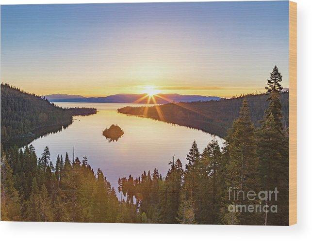 Jyoscape Wood Print featuring the photograph Sunrise Over The Bay by Jyoti Suravarjula