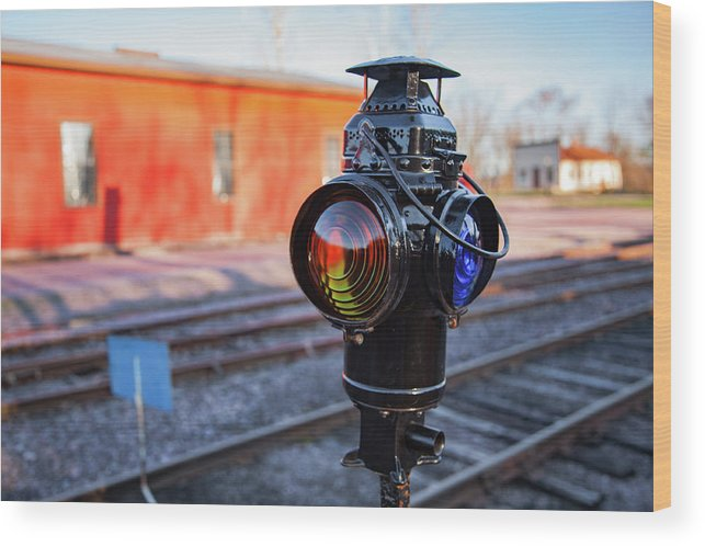 North Freedom Wood Print featuring the photograph Switch Lamp by Todd Klassy