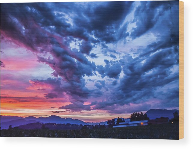 Skies Wood Print featuring the photograph Thunder Storm by David Lee