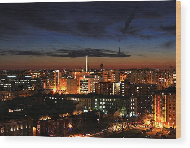 Washington Monument Wood Print featuring the photograph Washington Monument Night Sky by Steve Monell