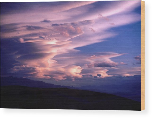 Clouds Wood Print featuring the photograph Wave Couds Over The Owens Valley by Brian Lockett