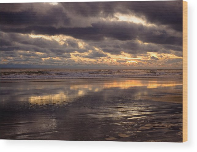 Landscapes Wood Print featuring the photograph Wispy Waves by Jennifer Owen
