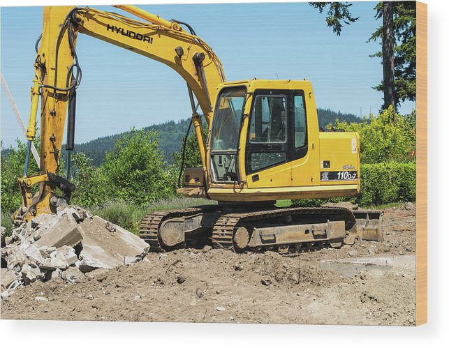 Yellow Excavator In Anacortes Wood Print featuring the photograph Yellow Excavator In Anacortes by Tom Cochran