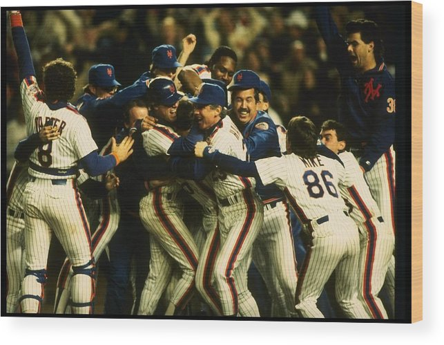 1980-1989 Wood Print featuring the photograph 1986 World Series Mets by T.g. Higgins