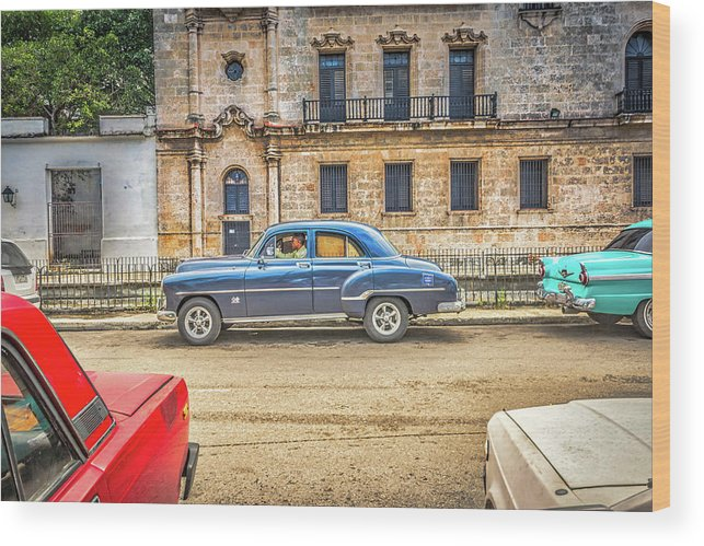 Havana Wood Print featuring the photograph Old Car by Bill Howard