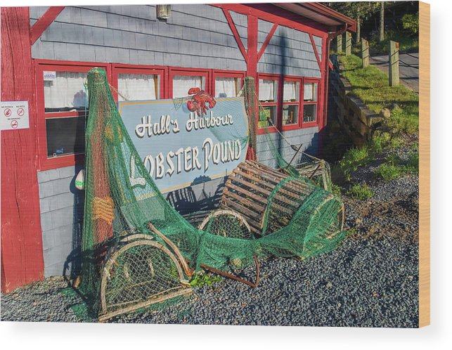 Nova Scotia Wood Print featuring the photograph Lobster Pond Restaurant In Halls Harbour Ns by David Smith