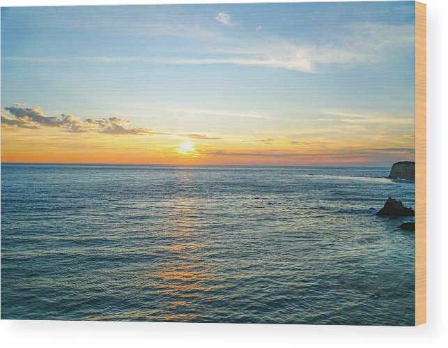 Sunset Ocean Water Sky Color Wood Print featuring the photograph Pacific Ocean Sunset by Hilario Ruiz