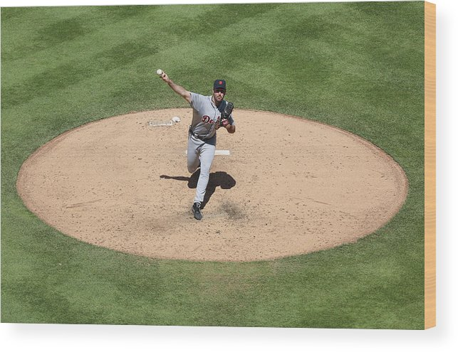 American League Baseball Wood Print featuring the photograph Justin Verlander by Ed Zurga