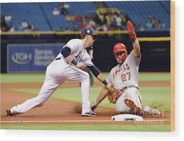 People Wood Print featuring the photograph Mike Trout by Julio Aguilar