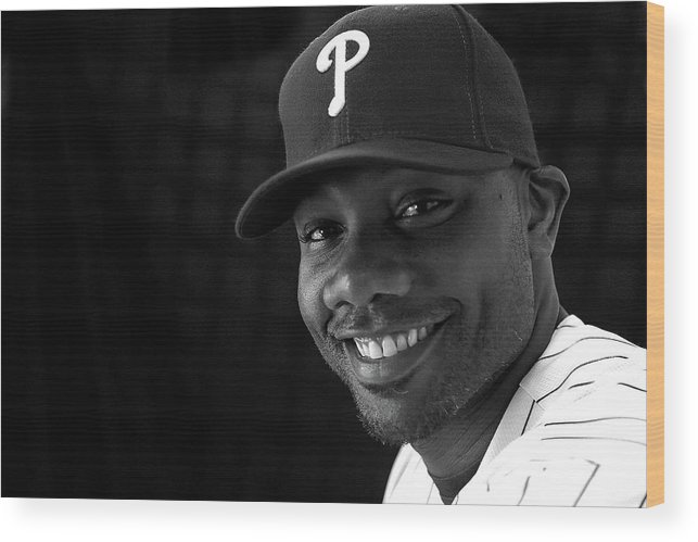 Media Day Wood Print featuring the photograph Ryan Howard by Mike Ehrmann