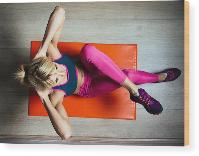 Athlete Woman Doing Sit Ups For Abdominal Muscles On Mat Wood Print
