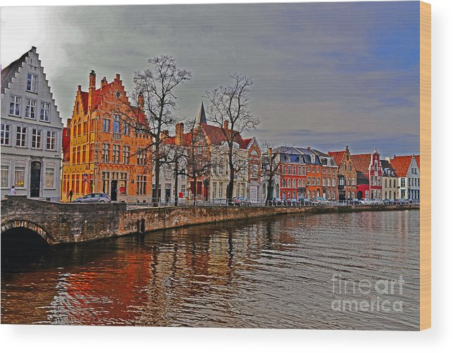 Travel Wood Print featuring the photograph Bruggas Morning by Elvis Vaughn