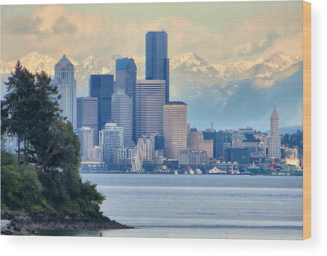 Puget Sound Wood Print featuring the photograph Emerald City by Jim Romo