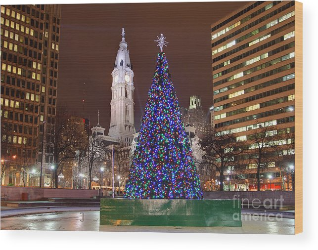 Philadelphia Wood Print featuring the photograph Christmas In Philadelphia by Denis Tangney Jr