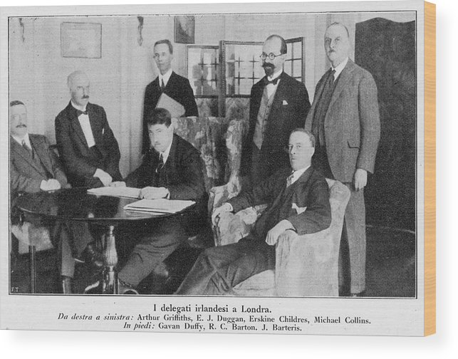 Events Wood Print featuring the photograph Delegation In London Including Arthur by Mary Evans Picture Library
