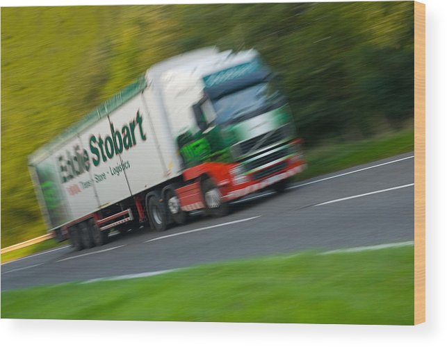 Artic Wood Print featuring the photograph Eddie Stobart Lorry by Amanda Elwell