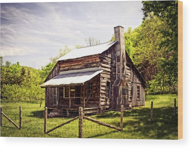 Log Cabin Wood Print featuring the photograph Erbie Homestead by Marty Koch