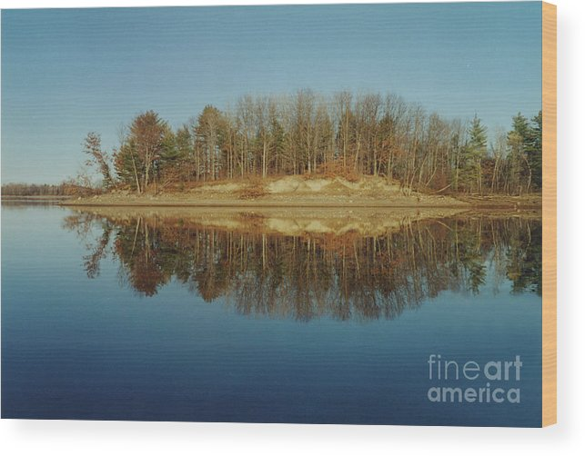 Lake Wood Print featuring the photograph Mirror Reflection by Nancie Johnson