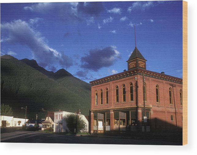 Colorado Wood Print featuring the photograph Mountain Village by Scott Warren
