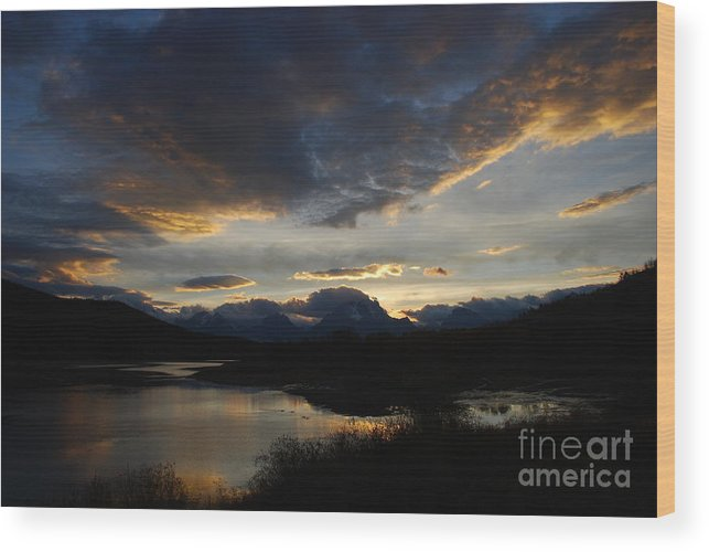 Landscape Wood Print featuring the photograph Sunset by Jim Goodman