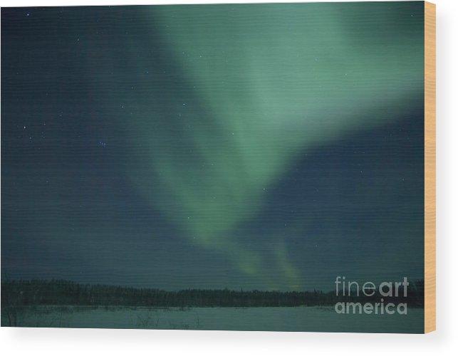 Far Lake Wood Print featuring the photograph Green Aurora Above Far Lake by Yuichi Takasaka