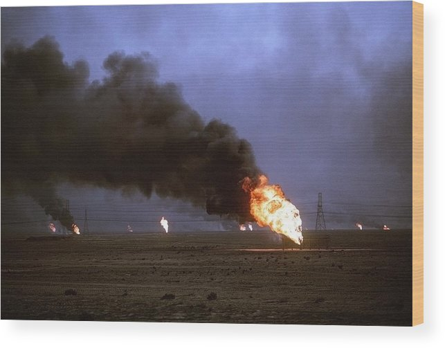 History Wood Print featuring the photograph Kuwaiti Oil Wells Set On Fire by Everett