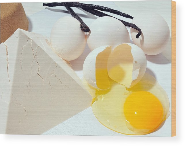 Eggs Wood Print featuring the photograph Naked Food 2 by Dennis Clark