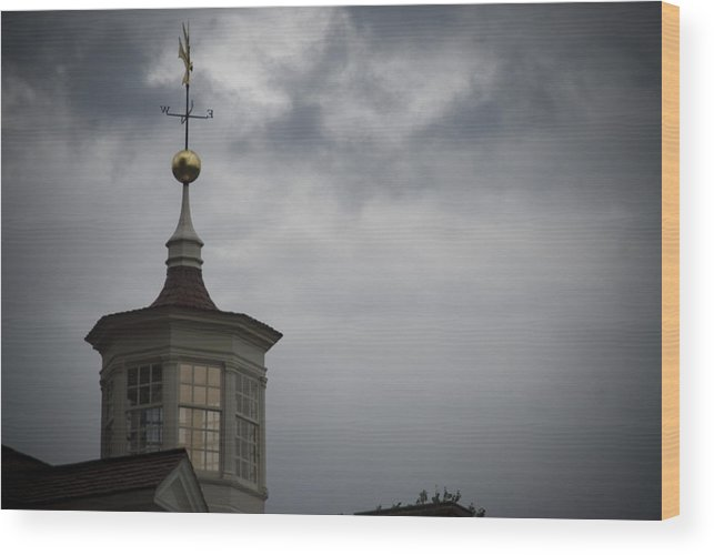 Mt. Vernon Wood Print featuring the photograph The Sky Is Stirring by Michael Cunsolo