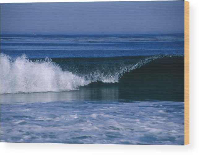 Usa Wood Print featuring the photograph Wave Breaking Right On The Beach At 17 by James Forte