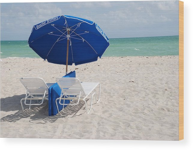 Sea Scape Wood Print featuring the photograph Blue Paradise Umbrella by Rob Hans
