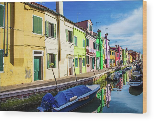 Burano Wood Print featuring the photograph Boats In Burano by Darryl Brooks