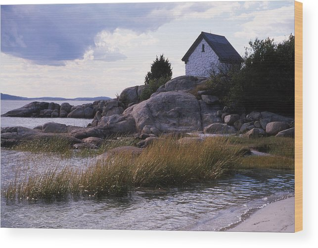Landscape Beach Storm Wood Print featuring the photograph Cnrf0909 by Henry Butz