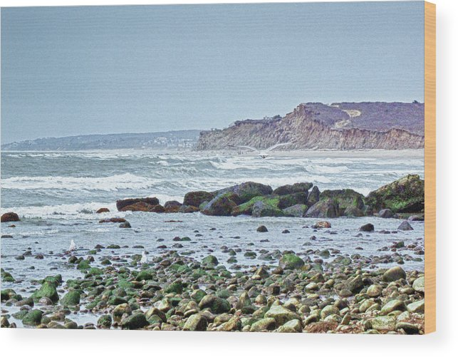 Ocean Wood Print featuring the photograph Ditch Plains Long Island by Linda Pulvermacher