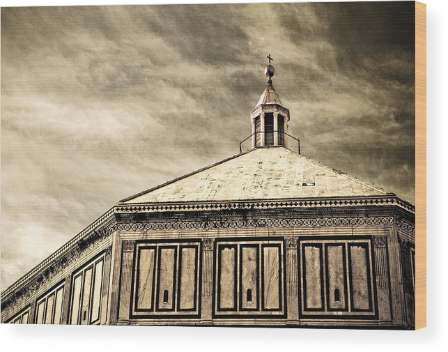 Duomo Wood Print featuring the photograph Florence by Emilio Lovisa