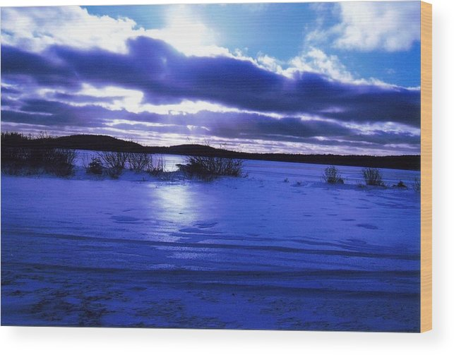 Landscape Wood Print featuring the photograph Frozen In Time by Sharon Stacey