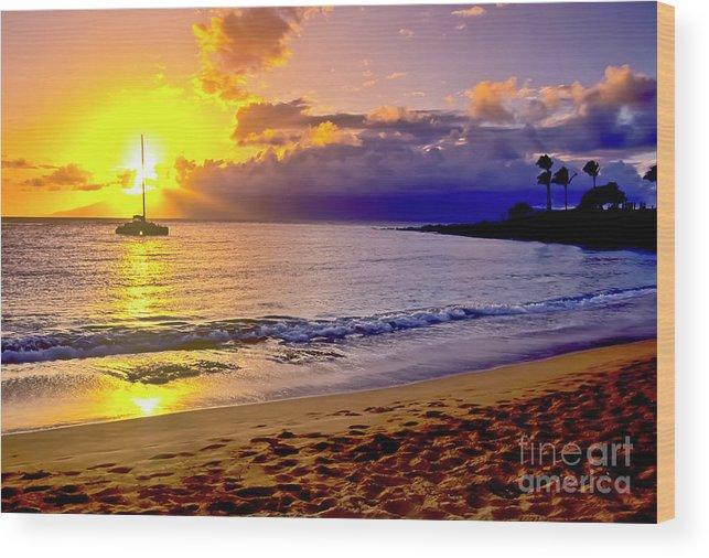 Scenics Wood Print featuring the photograph Kapalua Bay Sunset by Jim Cazel