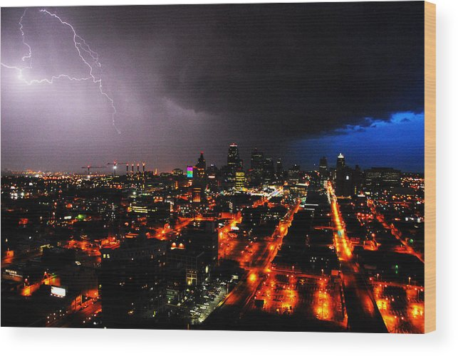 Night Wood Print featuring the photograph Lighting Over Kansas City by Steven Crown